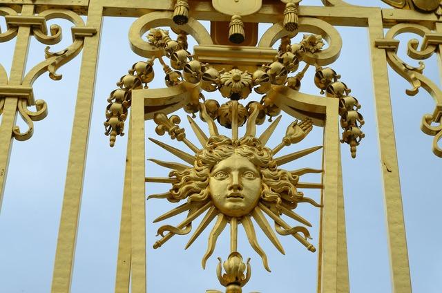 Sun king versailles grid.