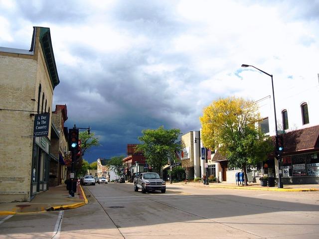 Sun prairie wisconsin street, transportation traffic.