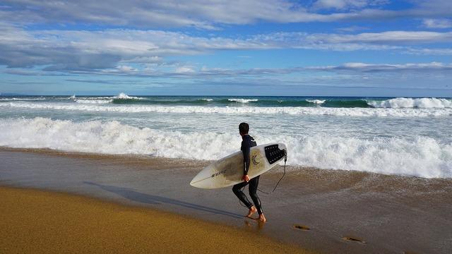 Surf barcelona waves, sports.