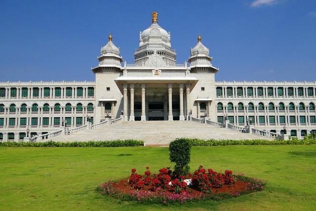 Suvarna vidhana soudha belgaum legislative building, architecture buildings.