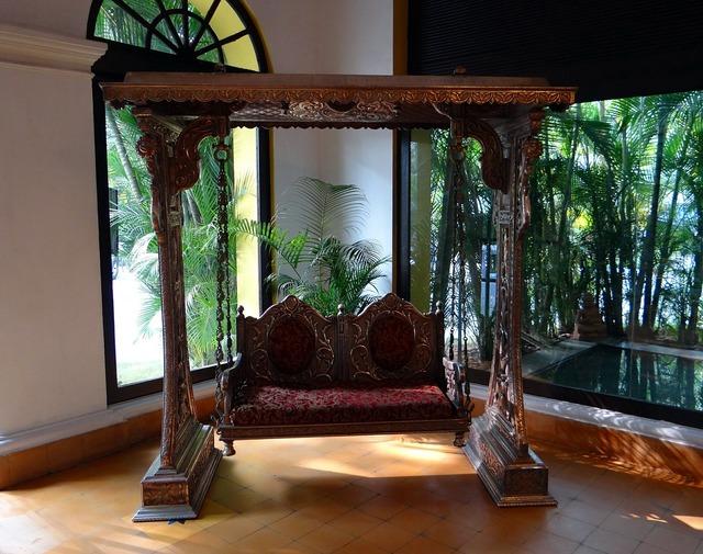 Swing ornate style.
