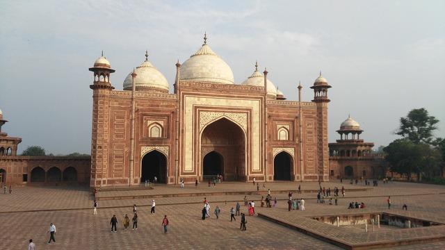Taj mahal mosque unesco.