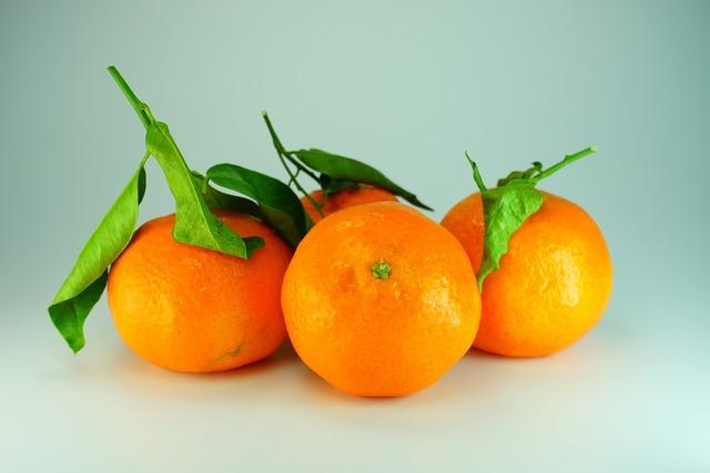 Tangerines clementines oranges, food drink.