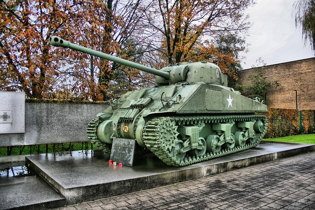 Tank monument weapon, architecture buildings.