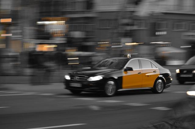 Taxi barcelona black.