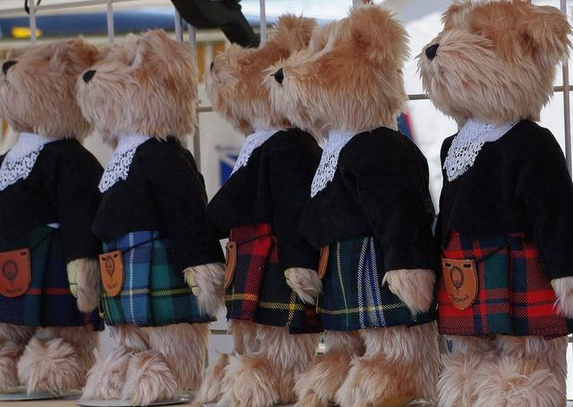 Teddy bears kilt shop window.