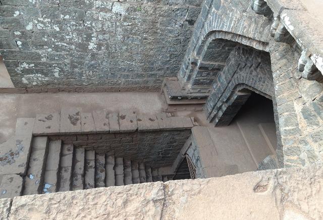 Temple fort secret entry, religion.