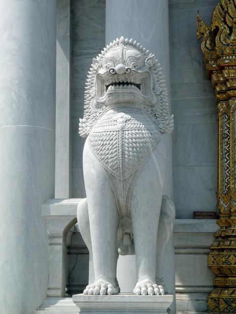 Temple guardian thailand lion.