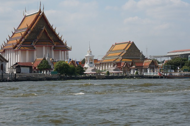 Temple river thailand, religion.