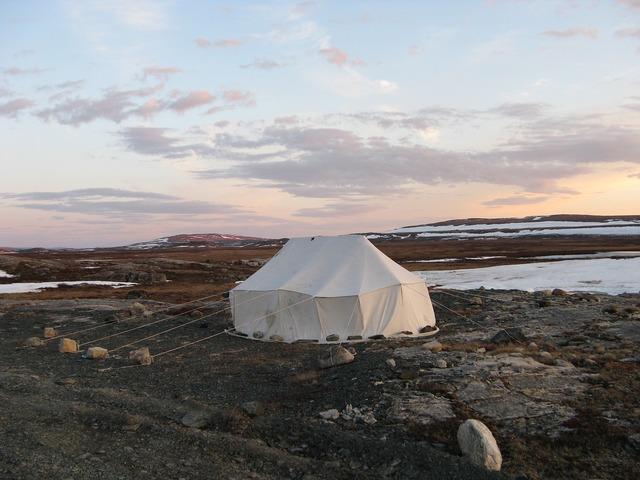 Tent inuit canvas.