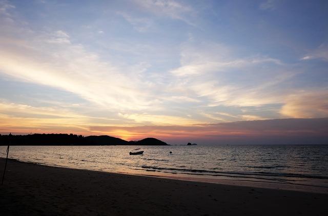 Thailand sun sea.