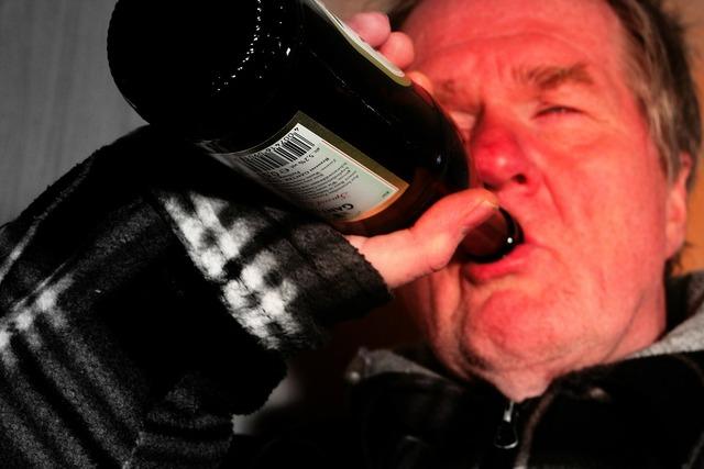 The customary alk alcohol, food drink.
