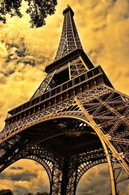 The eiffel tower french eiffel.