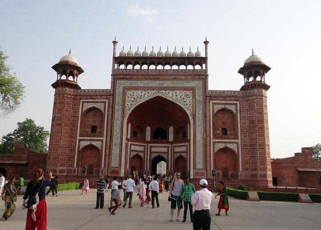 The great gate darwaza-i-rauza taj mahal.