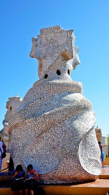 The pedrera barcelona architecture, architecture buildings.