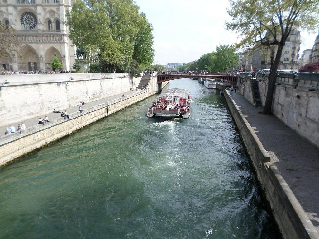 The seine paris france.