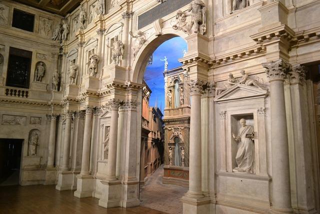 Theatre vicenza palladio.
