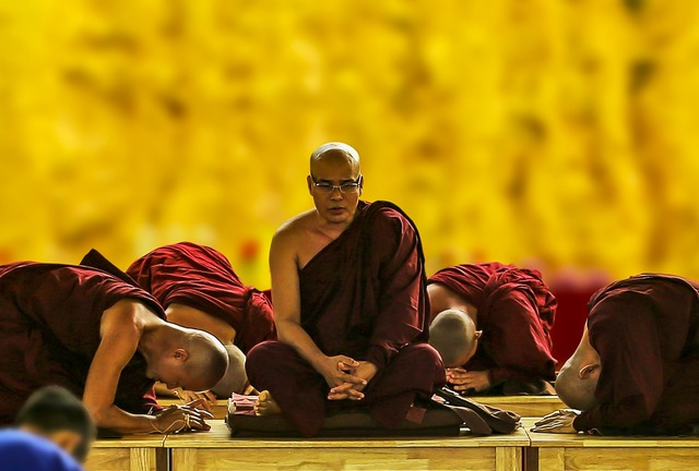 Theravada buddhism pay homage bow down.