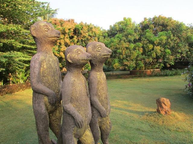 Three mongoose bronze dharwad.