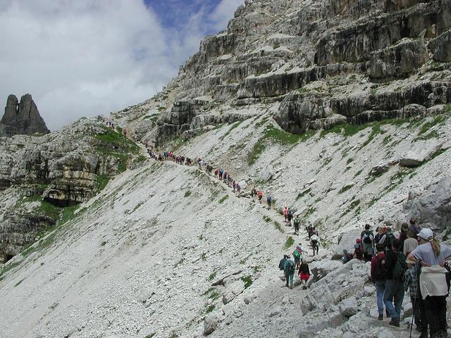 Three zinnen trail hike, people.