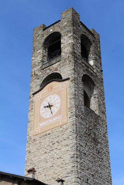 Torre bergamo high city.