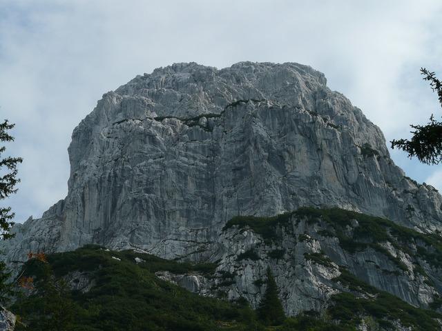 Totenkirchl mountains alpine.
