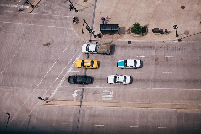 Traffic road street, transportation traffic.
