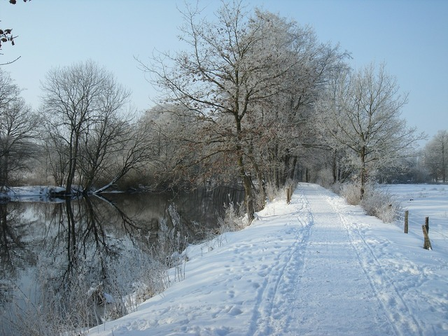 Trail river wintry.