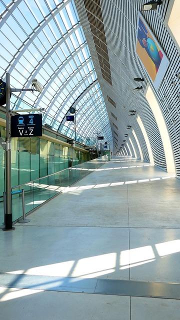 Train station avignon, transportation traffic.