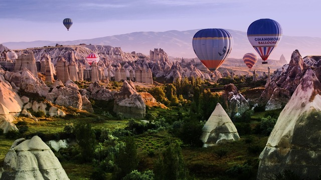 Travel balloon flight pageant, travel vacation.