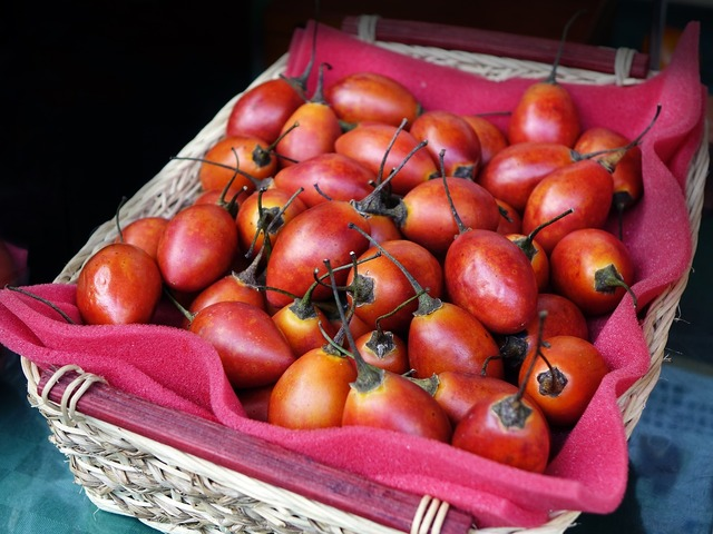 Tree tomato tamarillo fruit, food drink.