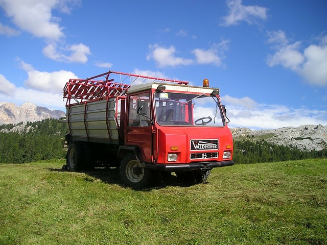 Truck agriculture hay wagon, transportation traffic.