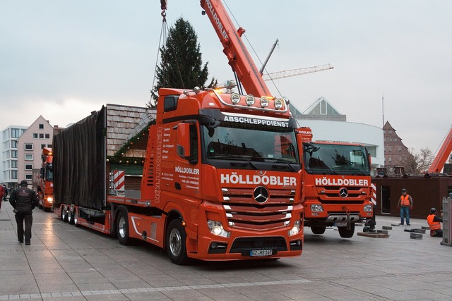 Truck low-bed trailer crane, transportation traffic.