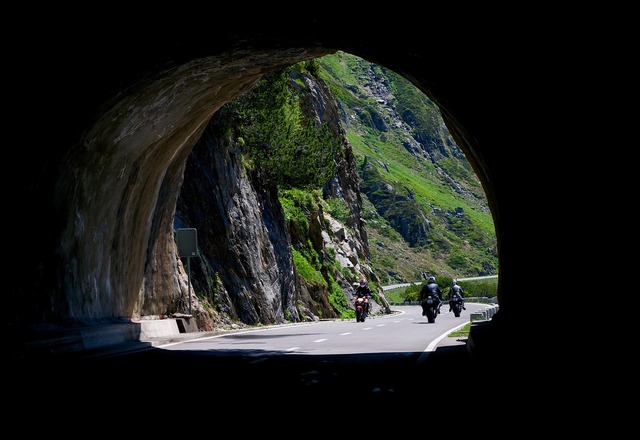 Tunnel road protection, transportation traffic.