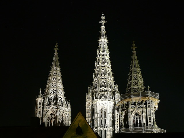Ulm cathedral night photograph spires, architecture buildings.