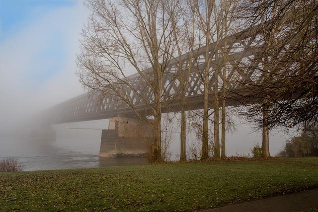 Urmitz bridge fog.