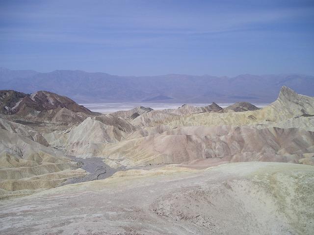 Usa death valley desert.