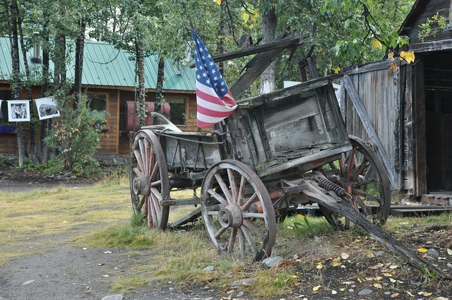 Usa wild west covered wagon.