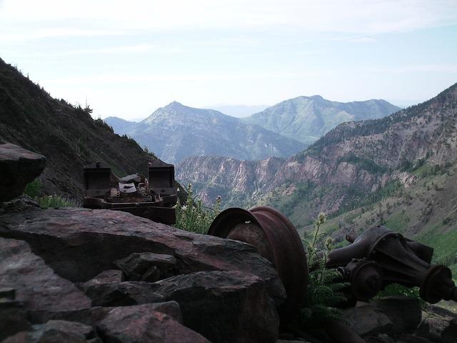 Utah mountains west.