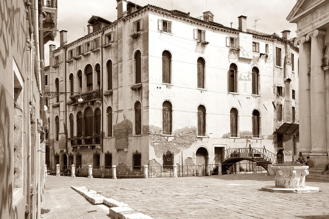 Venice alley building, architecture buildings.
