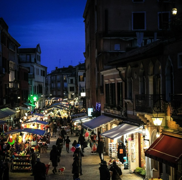 Venice fair italy, people.