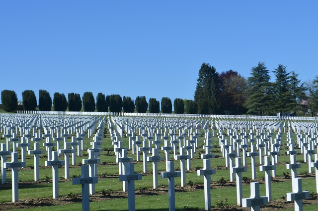 Verdun cemetery world war.
