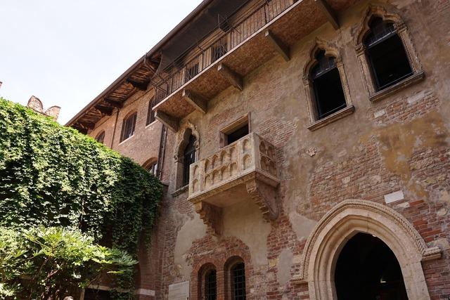 Verona italy casa di giulietta, architecture buildings.