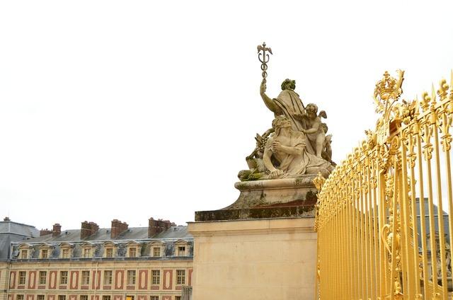 Versailles castle baroque.