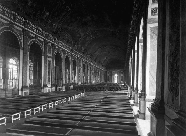 Versailles france 1918, places monuments.