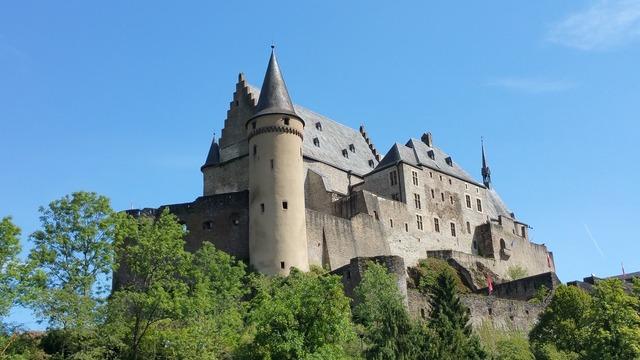Vianden castle luxembourg, places monuments.