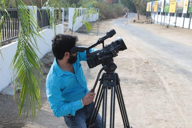 Video shooting cameraman video, people.