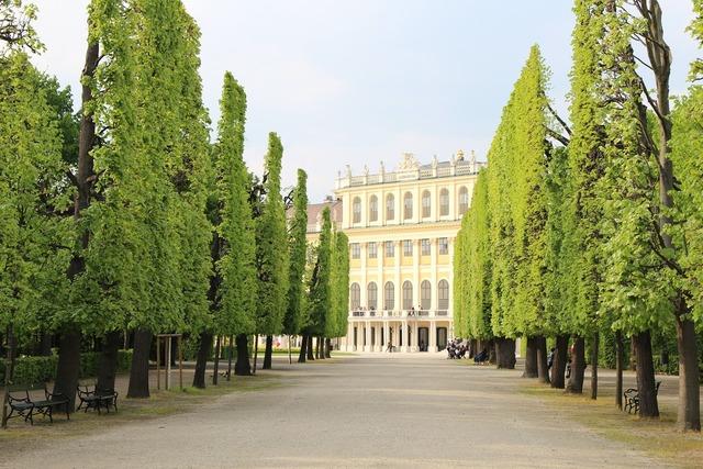 Vienna castle park austria, architecture buildings.