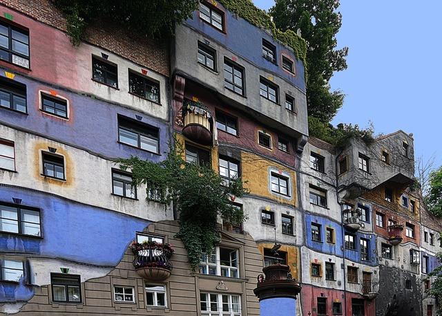 Vienna hundertwasser house artists.