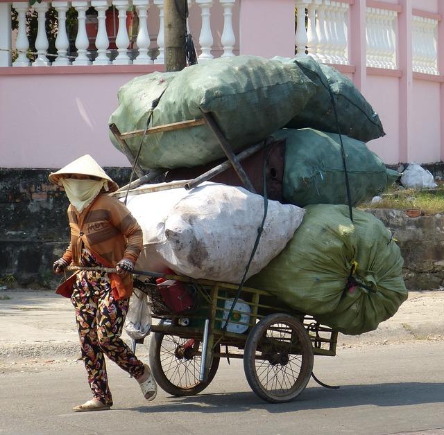 Vietnam phu quoc garbage, beauty fashion.